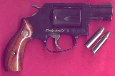 S&W Model 36 Lady Smith .38 Spcl.