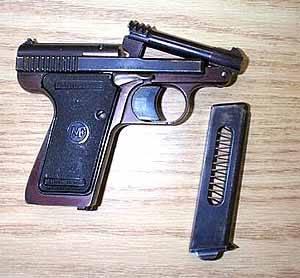 Le Francais pistol 7.65mm (.32ACP)