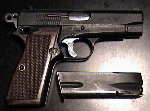 Browning Hi Power 35 Detective Model (Compact 14+1).