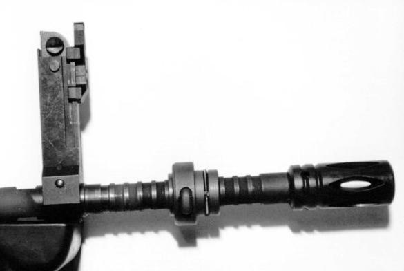 Famas F1 Grenade Launcher Sight Detail