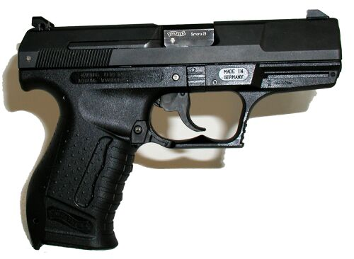 Walther P990