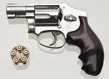 Smith and Wesson Model 940 Centennial 9x19mm Revolver