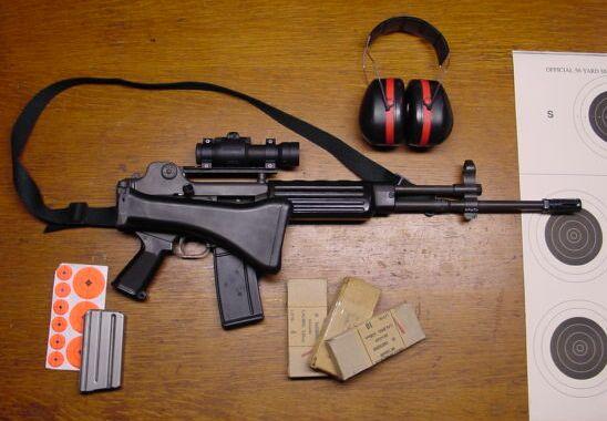 Daewoo AR-100 folded