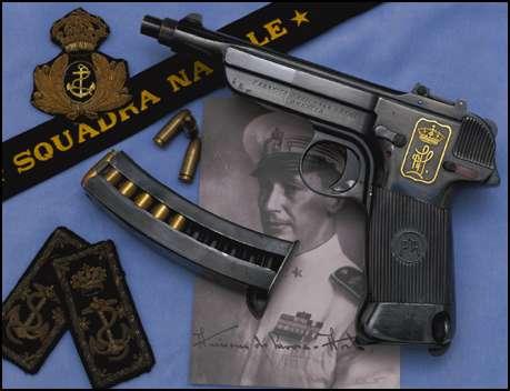 Prototype pistol of Brescia arsenal, Italia,a Sosso model 1941 in 9x19mm Parabellum (21 rounds).
