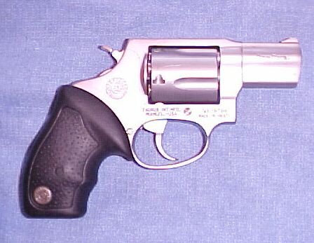 Taurus Model 905 9MM, 5 shot stainless