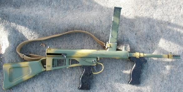 OWEN MkI/43 9mm submachine gun