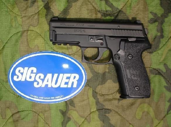 Sig Sauer P229 DAK .40S&W
